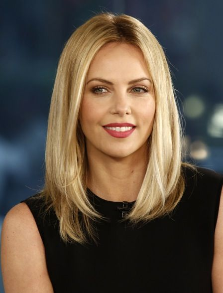 charlize-theron-net-worth2.jpg